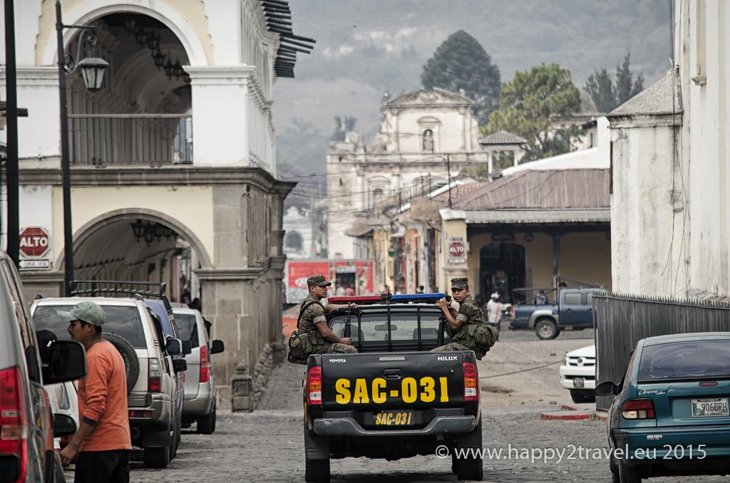 V GUatemale vlastní strelnú zbraň okolo 60 % obyvateľov, vrátane žien a detí.