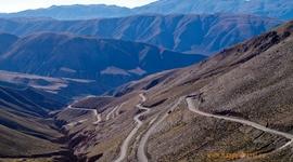 Presun z Argentíny do Čile: nadmorská výška 4000 m a stále rastie