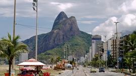 Promenáda Ipanemy, kultovej štvrte Rio de Janeiro