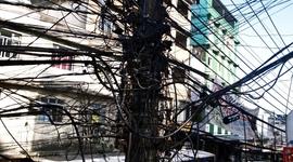 Väčšina faviel v Rio de Janeiro funguje na čiernu elektrinu, vodu, skrátka všetko