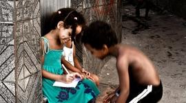 Deti slumov: sú priateľské a šťastné