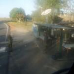 Vojenská kontrola z okna autobusu - fotenie zakázané!