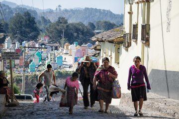 Domorodá rodina: tradícia sa mieša s moderným svetom