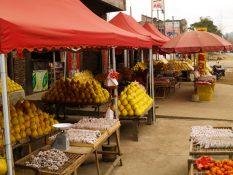 Pocestný trh, niekde v južnej Číne