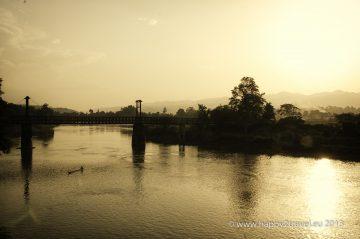 Západ slnka nad východnou Barmou