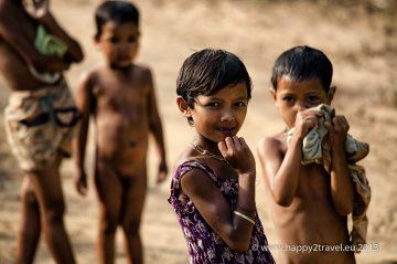 Deti v zabudnutých barmských horách