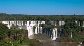 Nádherné, neopakovateľné vodopády Iguaçu z brazílskej strany rieky