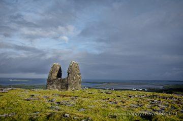 Ranokresťanský kostol vo východnej časti ostrova Inis Mór