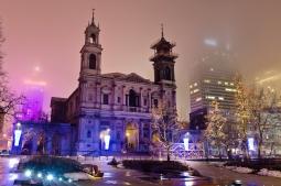 Plac Grzybowski v noci