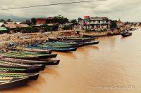 Na brehu mestečka Nyaungshwe