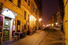 Nočná ulička starého Lublina