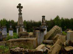 Pravoslávny cintorín v lesoch poľsko-ukrajinského pohraničia