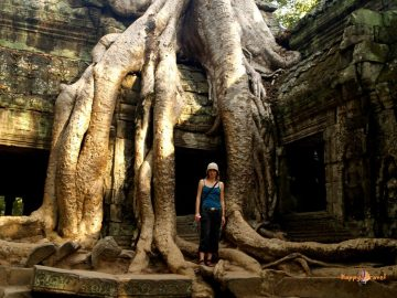 V svätyniach Angkor vat, Kambodža