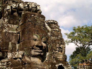 Chrám Bayon v Angkor Wat, Kambodža: 216 kamenných úsmevov kráľa Avalokiteshvara