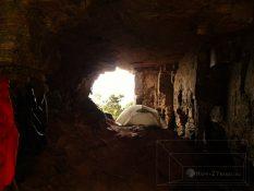 Jaskynný systém: trávime tu niekoľko dní medzi mokrým pieskom a tarantulami