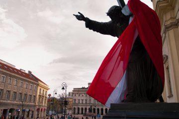 Socha Ježiša Spasiteľa v centre Varšavy