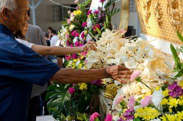 Cestou na druhú stranu: budhistický pohreb