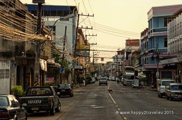 V uliciach provinčného mesta Ubon Rachathani