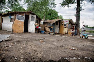 """Druhé, """"malé"""" kočovisko rumunských Rómov vo Vroclave"""